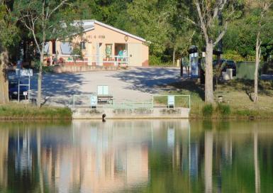 Municipal les Auzerals Accueil & Lac
