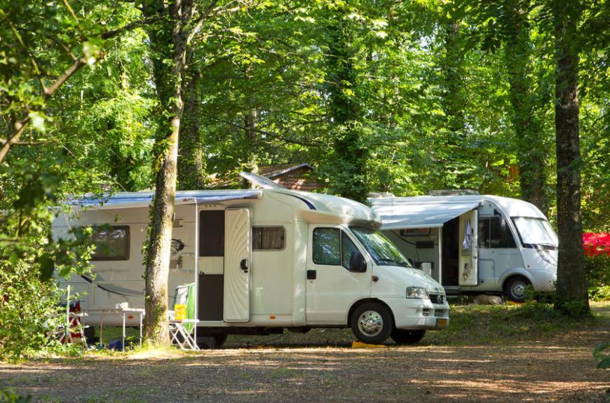 Entre Deux Lacs camping cars