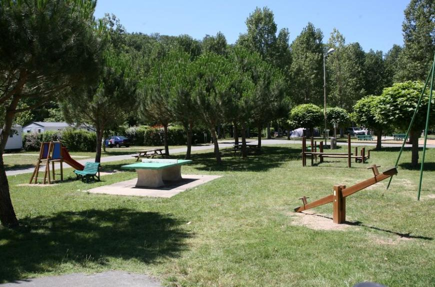 Municipal La Bâtisse jeux enfants