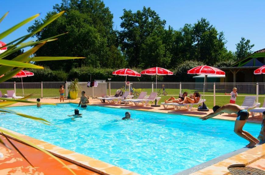 Les Pommiers d' Aiguelèze piscine plongeon
