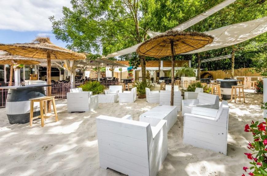 Gourjade terrasse restaurant sable