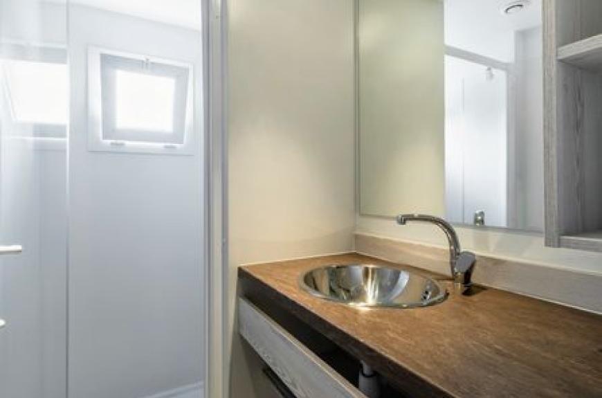 Gourjade salle de bains
