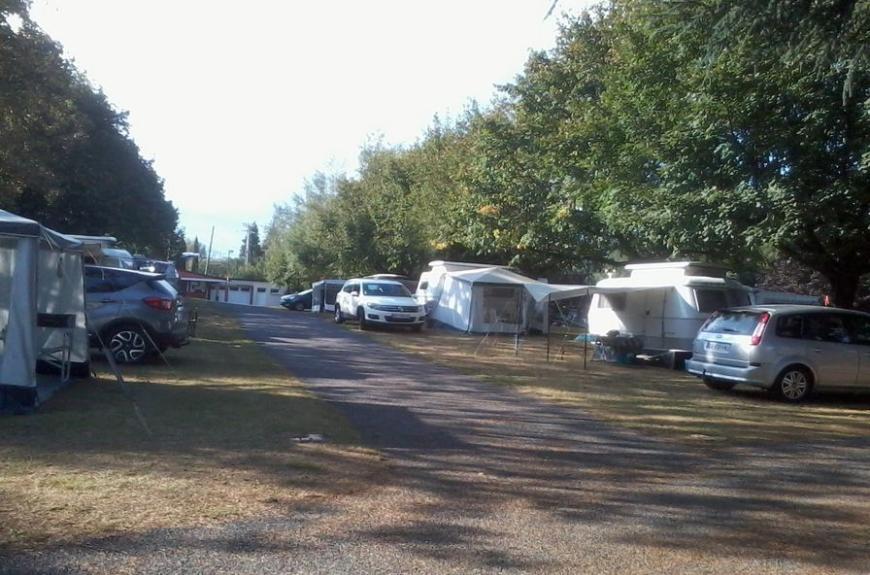 Camping Vallée du thoré caravanes et tentes