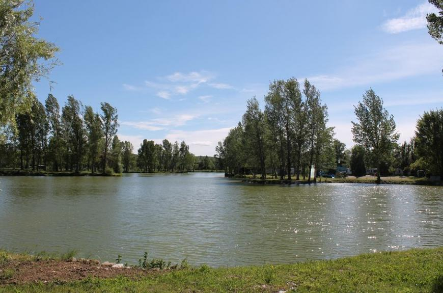 Lac Camping Plan d'Eau St Charles