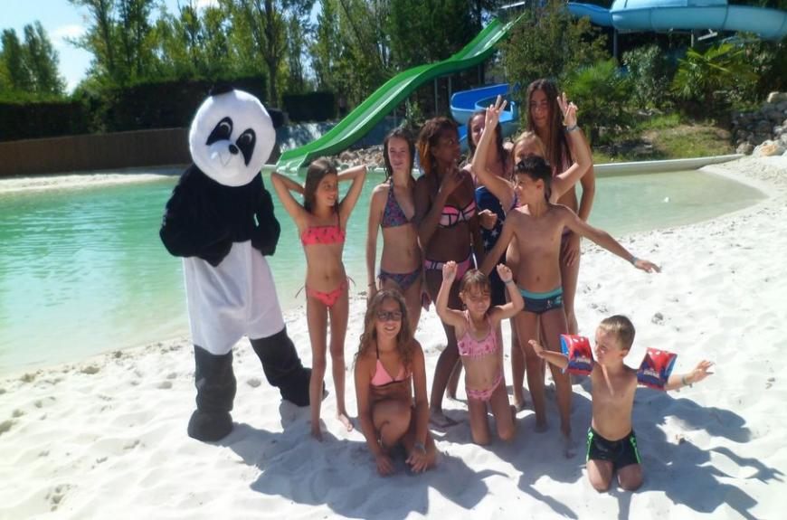 Lagon et animations Camping Plan d'Eau St Charles