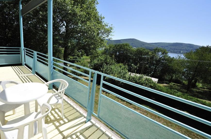 Balcon location Fées du Lac Laouzas