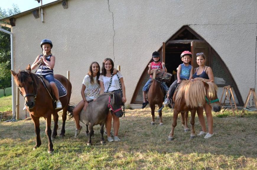 Saint Pierre de Rousieux promenades à cheval