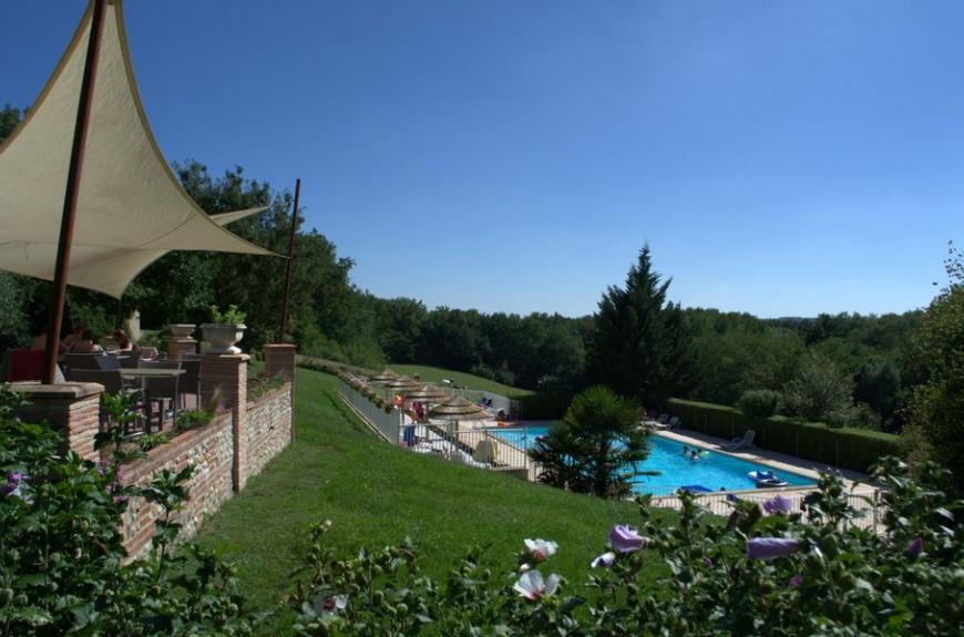 Saint Pierre de Rousieux piscine et voiles