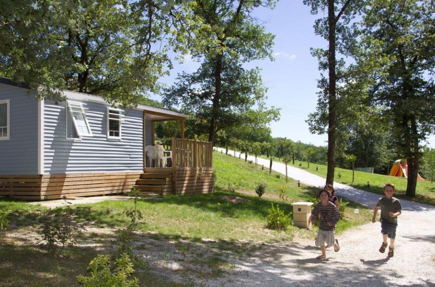 Saint Pierre de Rousieux mobile home en foret