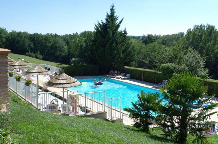 Saint Pierre de Rousieux grande piscine