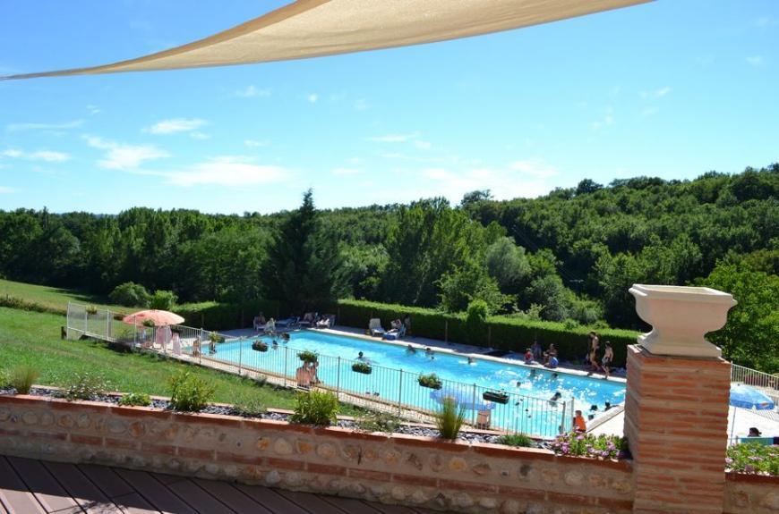 Saint Pierre de Rousieux piscine voiles