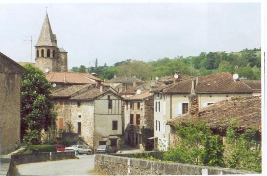 Camping les prunettes_monesties village