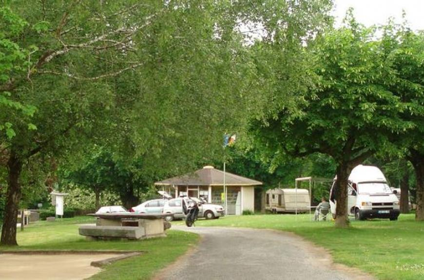 Camping Vallée du Thoré emplacements