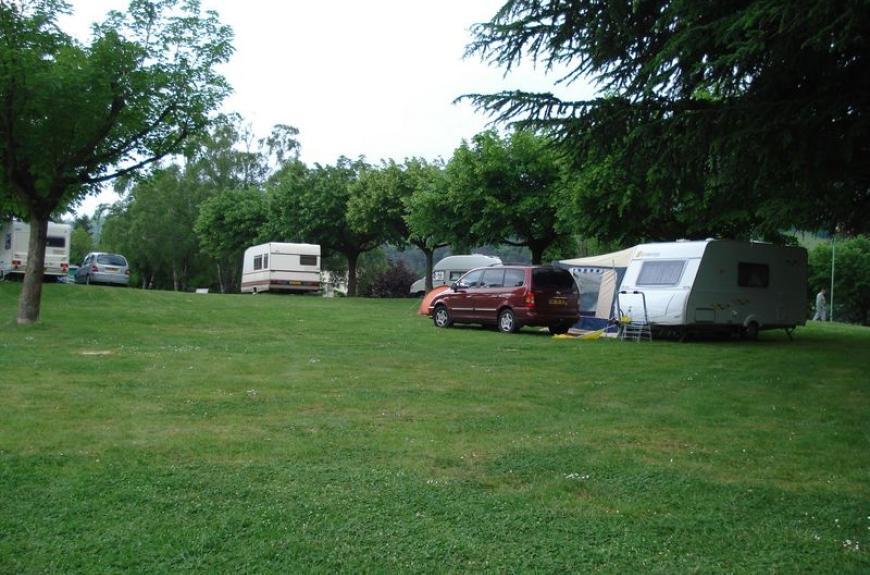 Camping Vallée du Thoré caravanes