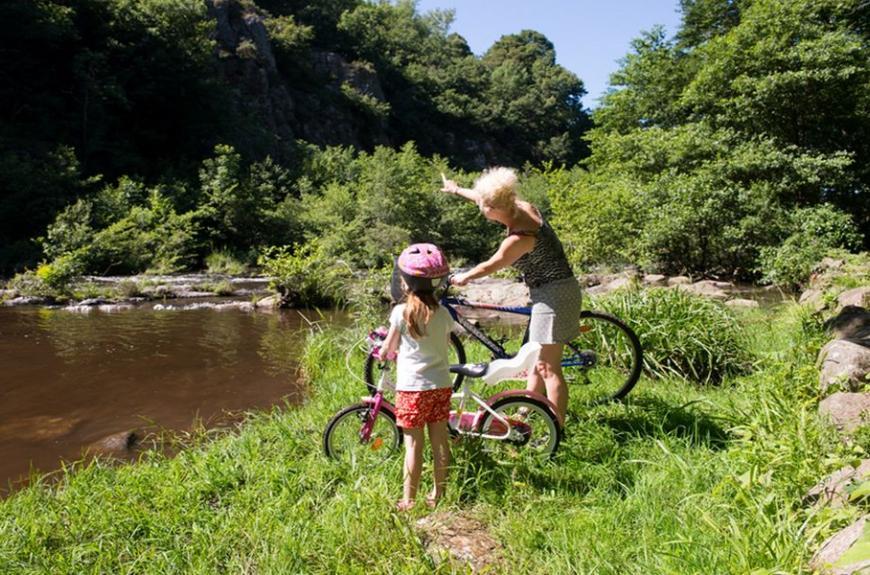 Camboussel vélo avec maman
