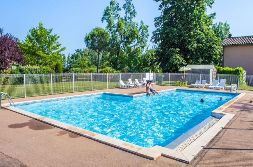 Camping Municipal Les Sources piscine