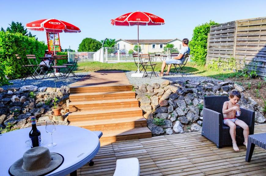 Camping Municipal Les Sources terrasse bar