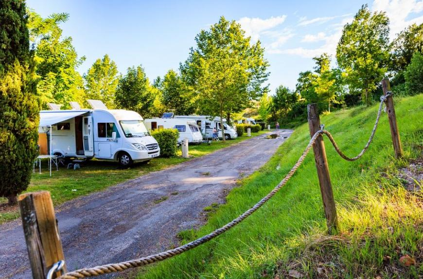 Camping Municipal Les Sources camping cars