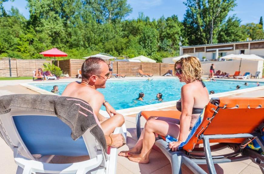 Camping Soleil des Bastides piscine