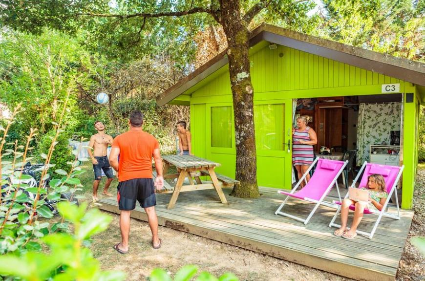 Camping Les Pommiers cabanon