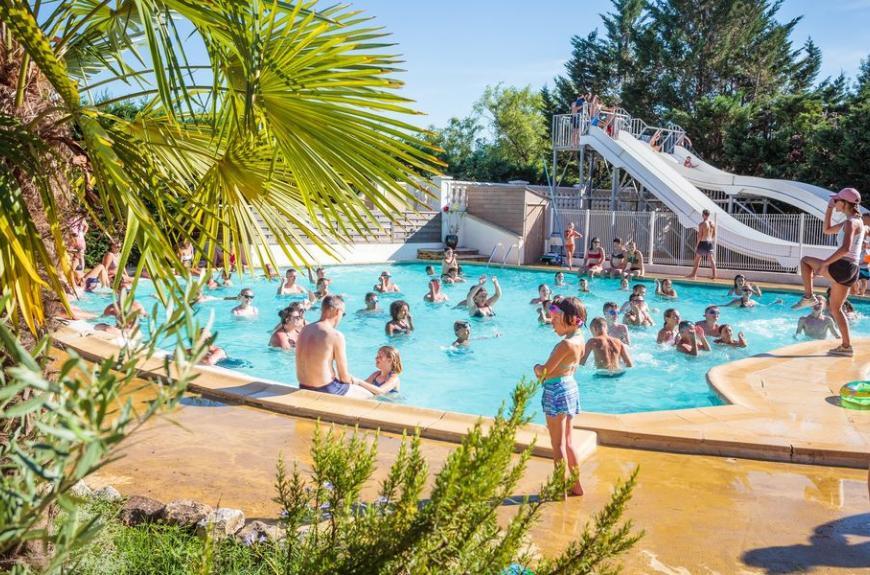 Camping Chêne Vert piscine