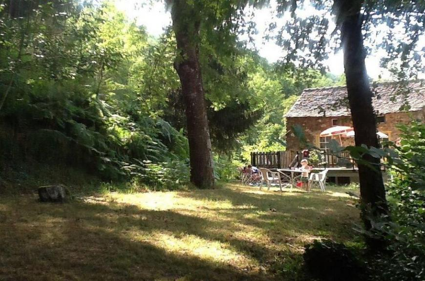 Camping Domaine Les Clots tres grands emplacements