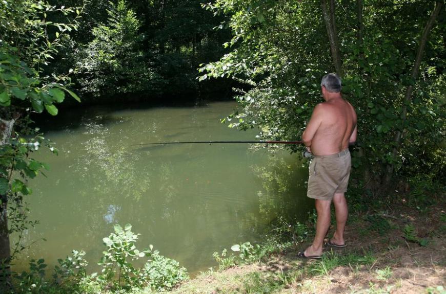 Camping Municipal la Bâtisse pêche