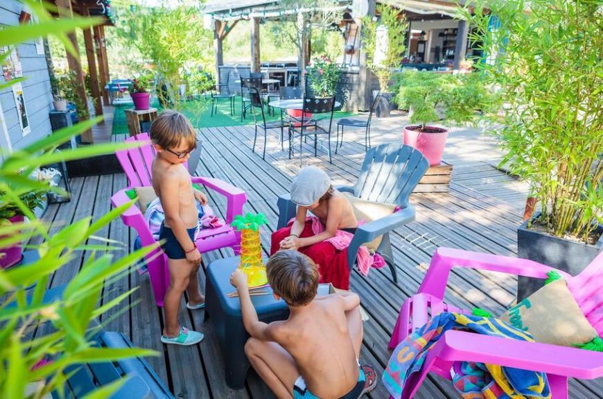 Camping Soleil des Bastides jeux enfants
