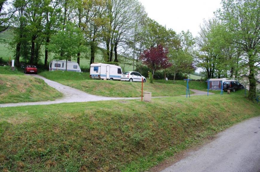 Camping Municipal Les Adrêts grands emplacements