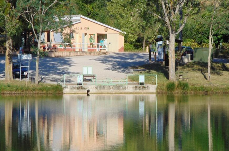 Camping Municipal Auzerals accueil