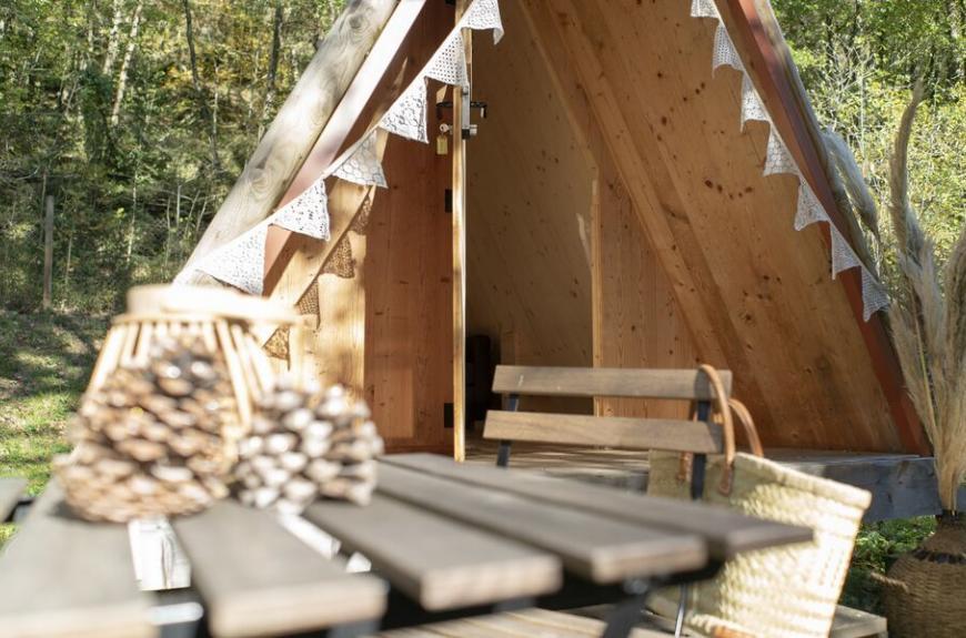 Camping les Tarrasses du Viaur Tipi